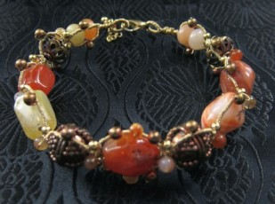 Agate and copper wire wrapped bracelet