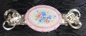 Pink cameo and sterling silver wire barrette