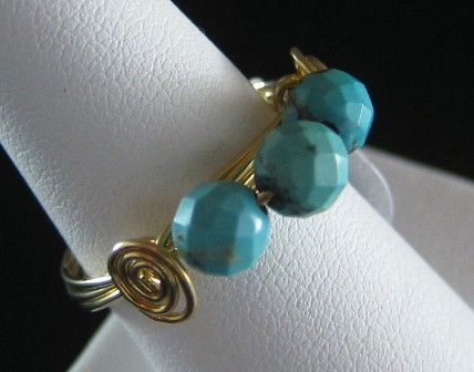 Hand sculpted turquoise bead ring - Size 8