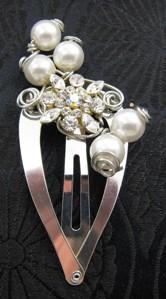 Pearl & crystal hair clip