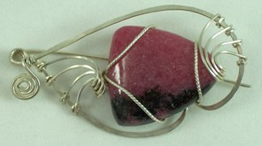 Rhodonite gemstone and sterling silver fish brooch